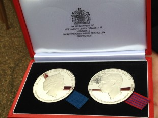Commemorative coin set presented by Duke of Kent to George Cross and Medal holders