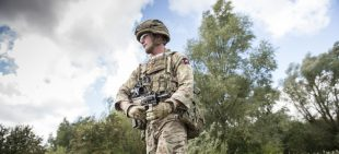 A soldier from 2nd Battalion The Parachute regiment wearing his own Airborne configuration of Virtus.