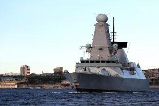 HMS Duncan setting sail